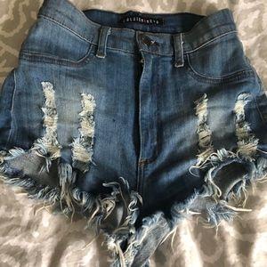Fashion Nova Denim Shorts Size S